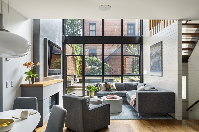 Project: Compton Residence, Brooklyn, NY. Architect: CWB Architects. Photo by: Francis Dzikowski